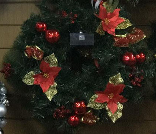 50cm Wreath Red Pre Decorated