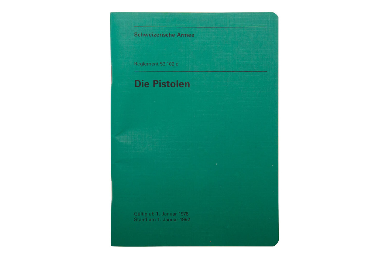 Die Pistolen (Reglement 53.102 d). Valid from 1 JAN 1978, updated 1 JAN 1992.