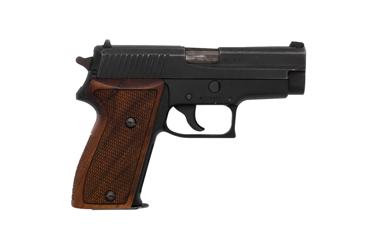German SIG P225 - Swiss Police (Geneva) - sn M5569XX