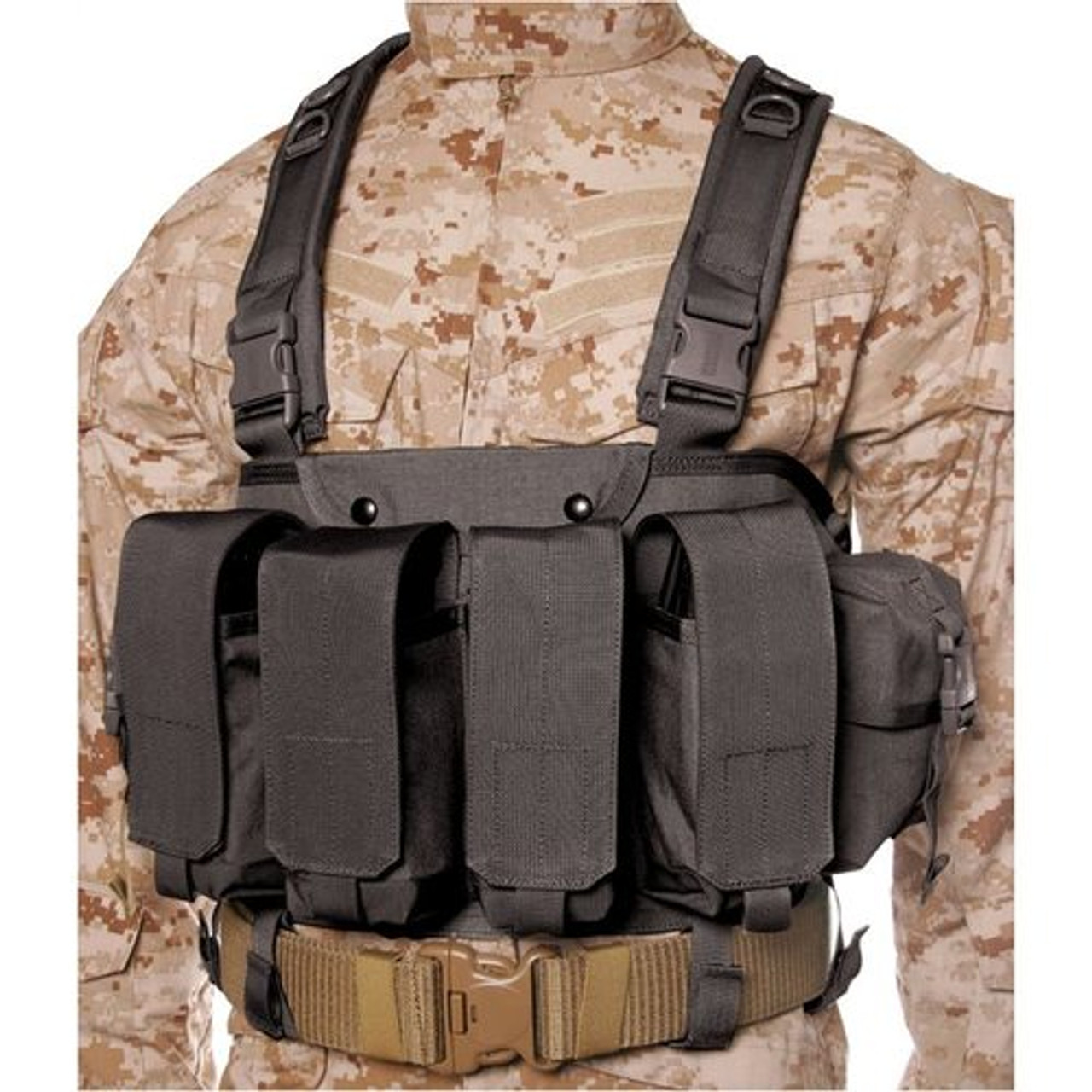 BLACKHAWK COMMANDO CHEST HARNESS, Adjustable quick-release waist strap,  Four ammo pouches hold two AK-47, three M16 or two M14 magazines each, Belt