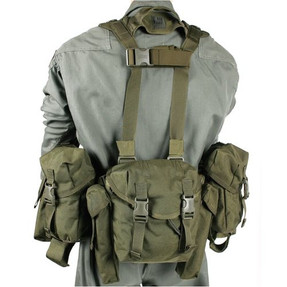BLACKHAWK LRAK M240/SAW GUNNER KIT, S.T.R.I.K.E.® webbing on shoulders, Elastic retention strap for fins or slung rifle, includes pouches for numerous items, Olive Drab, 30HH03OD