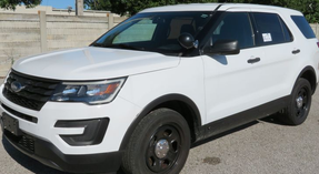 Used 2017 White Ford (Explorer) Police Interceptor Utility for sale, Ready to be built as a Slick-top Admin, All-Wheel Drive V6, + Delivery, 65,000 miles on it