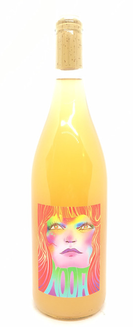 Mooa Wine, Candy
