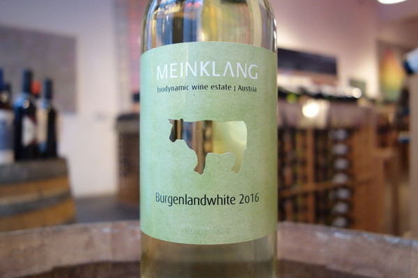 Meinklang, Burgenland White (2018)