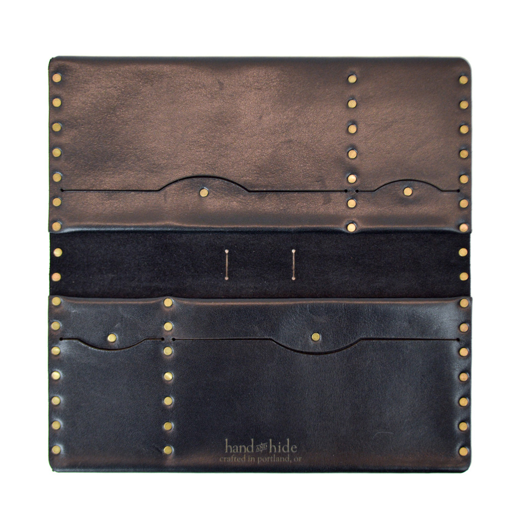 Hand & Hide Travel Folio