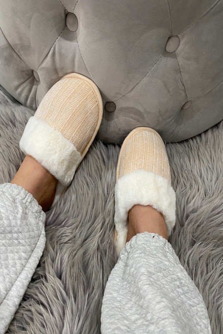 Cream Knitted Snuggle Up  Fluffy Slippers