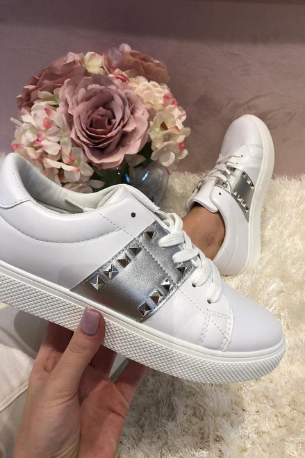 White Caliste Trainers with Silver Stripe