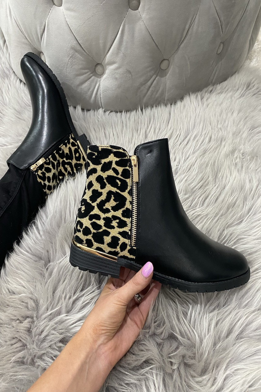 Sabel Gold Sparkle Leopard Chelsea Boots.