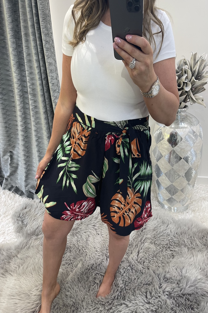 Marisol Navy Floral Shorts