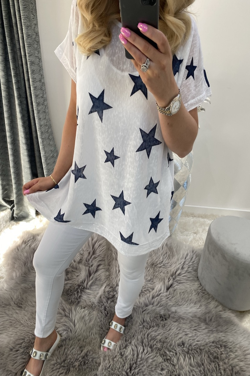 White Star Top with a Scarf