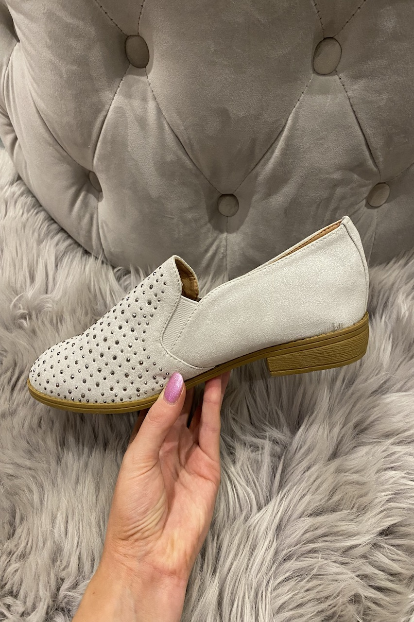 Grey Low-Heeled Diamonds Loafers