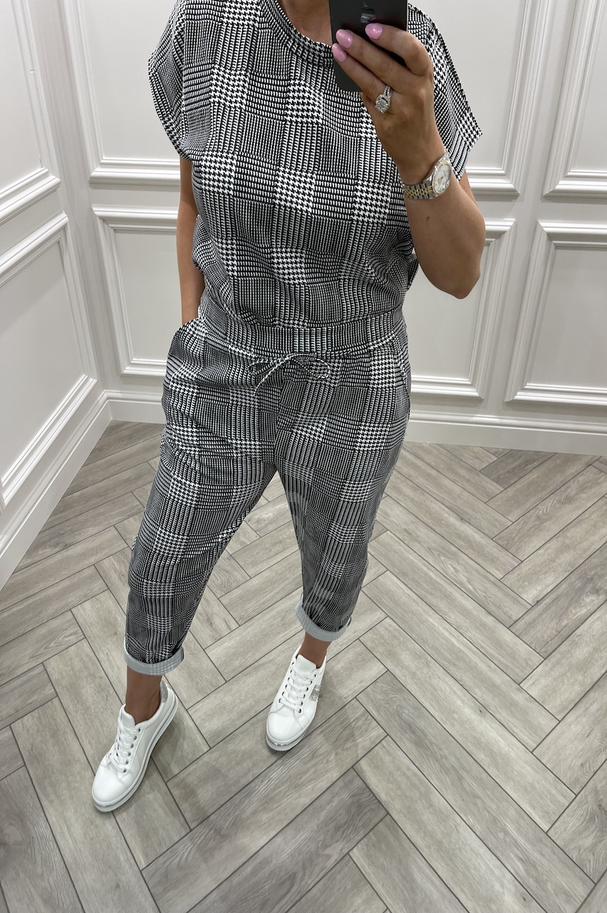 Alba Checked Loungesuit