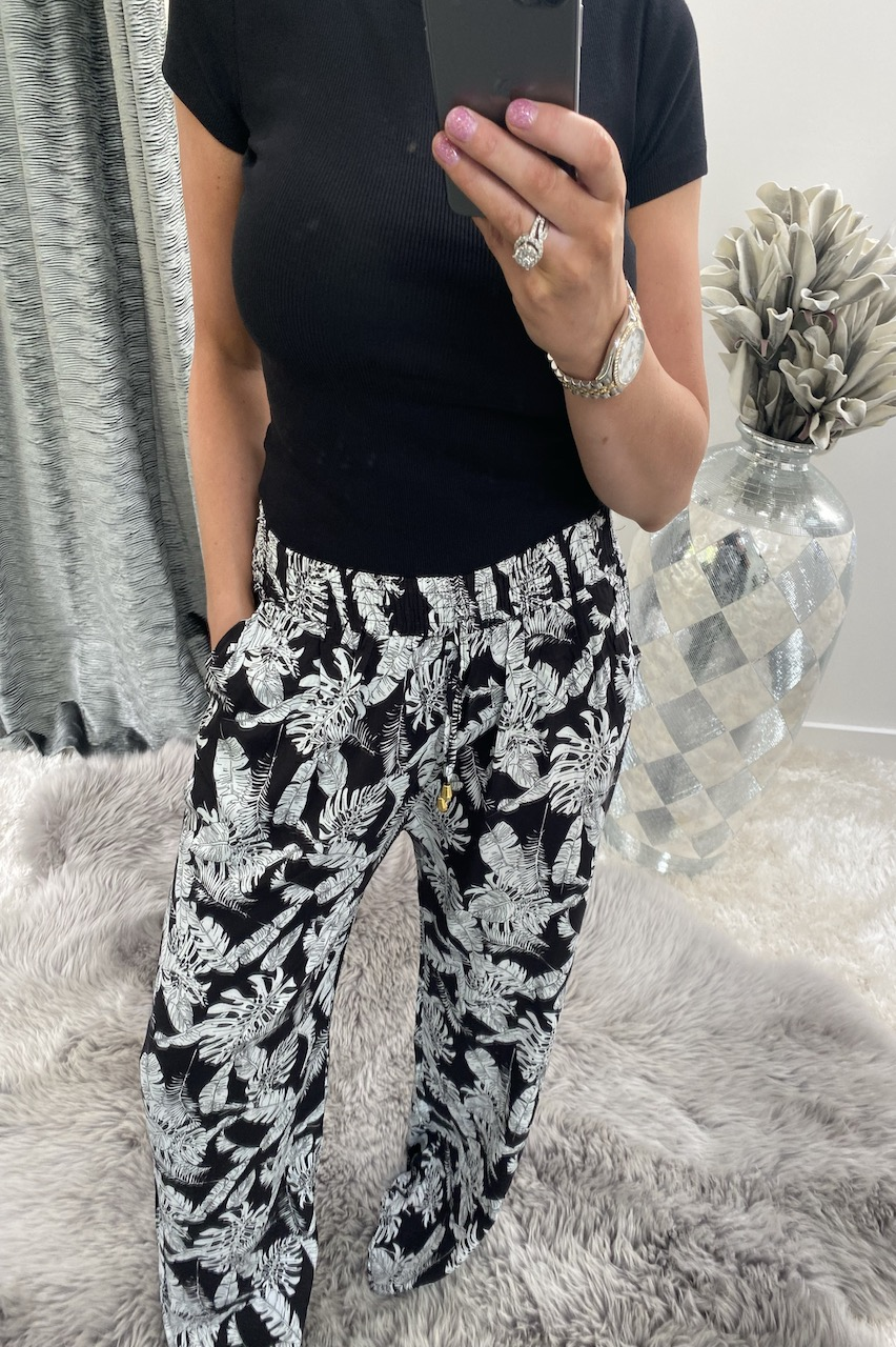 Black California  Relaxed Elasticated Trousers