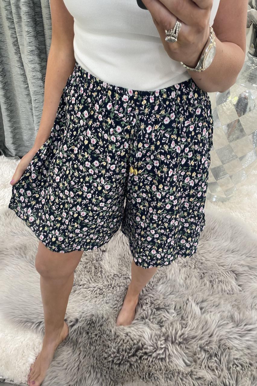 Ottavia Navy Floral Shorts