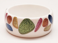 Lucite 1980s Abstract Shapes of Color Block Glitter Bangle Bracelet - Vintage