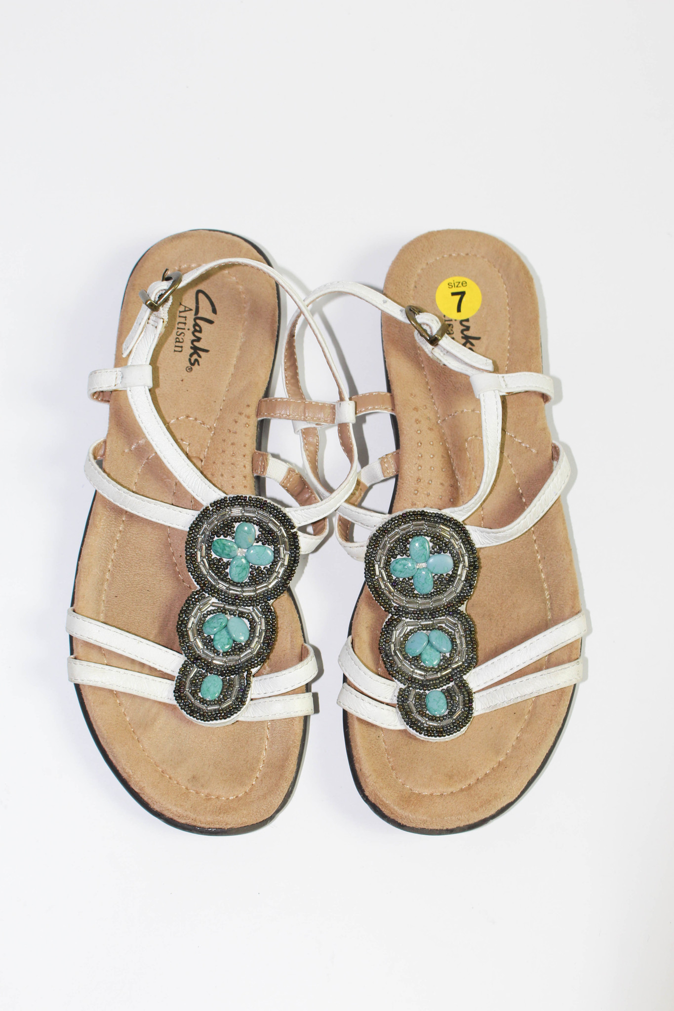 auricular muerto etc.  Clarks Artisan White Leather Strappy Faux Turquoise Sandals - US 7 -  thethingsyouwear