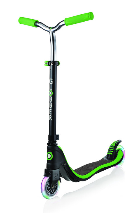 Globber Flow 125 Lights 2 Wheel Scooter - LED Flashing Wheels - Green