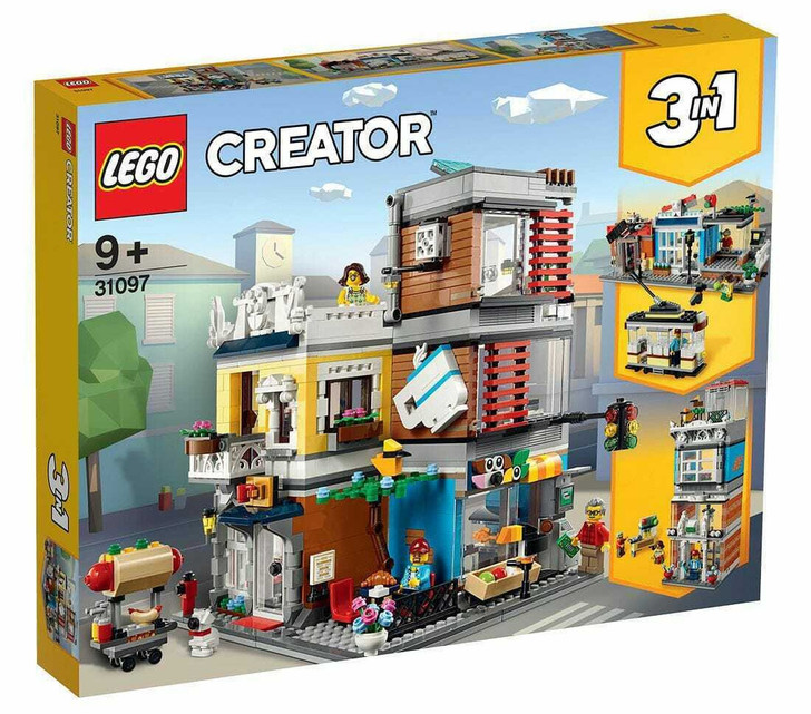 LEGO Creator Townhouse Pet Shop & Cafe 31097