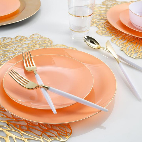 Round Coral • Gold Plastic Plates | 10 Pack