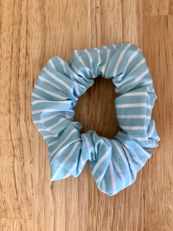 Hunchies Handmade Scrunchie - Blue Stripe