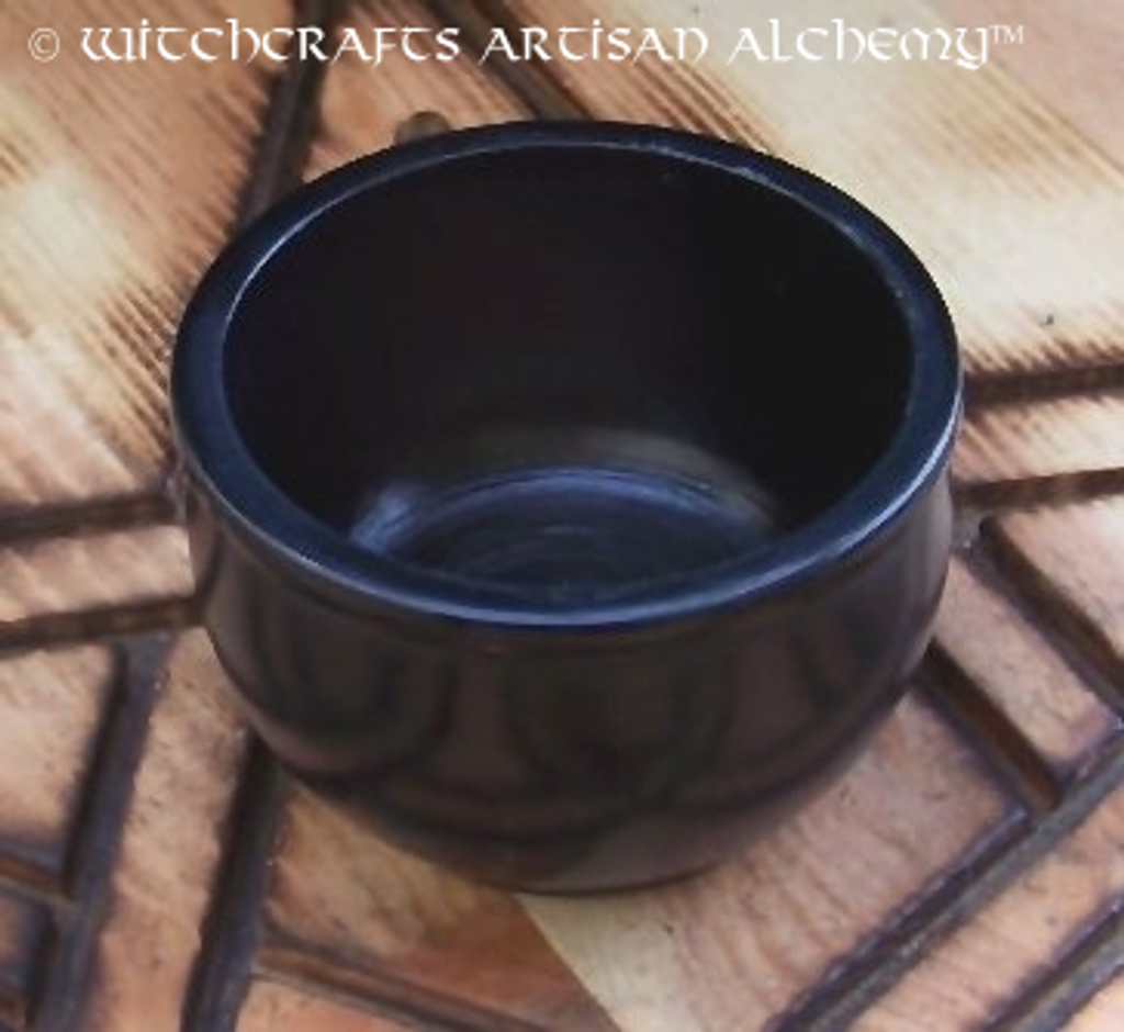 Black Stone Scrying Bowl, Small