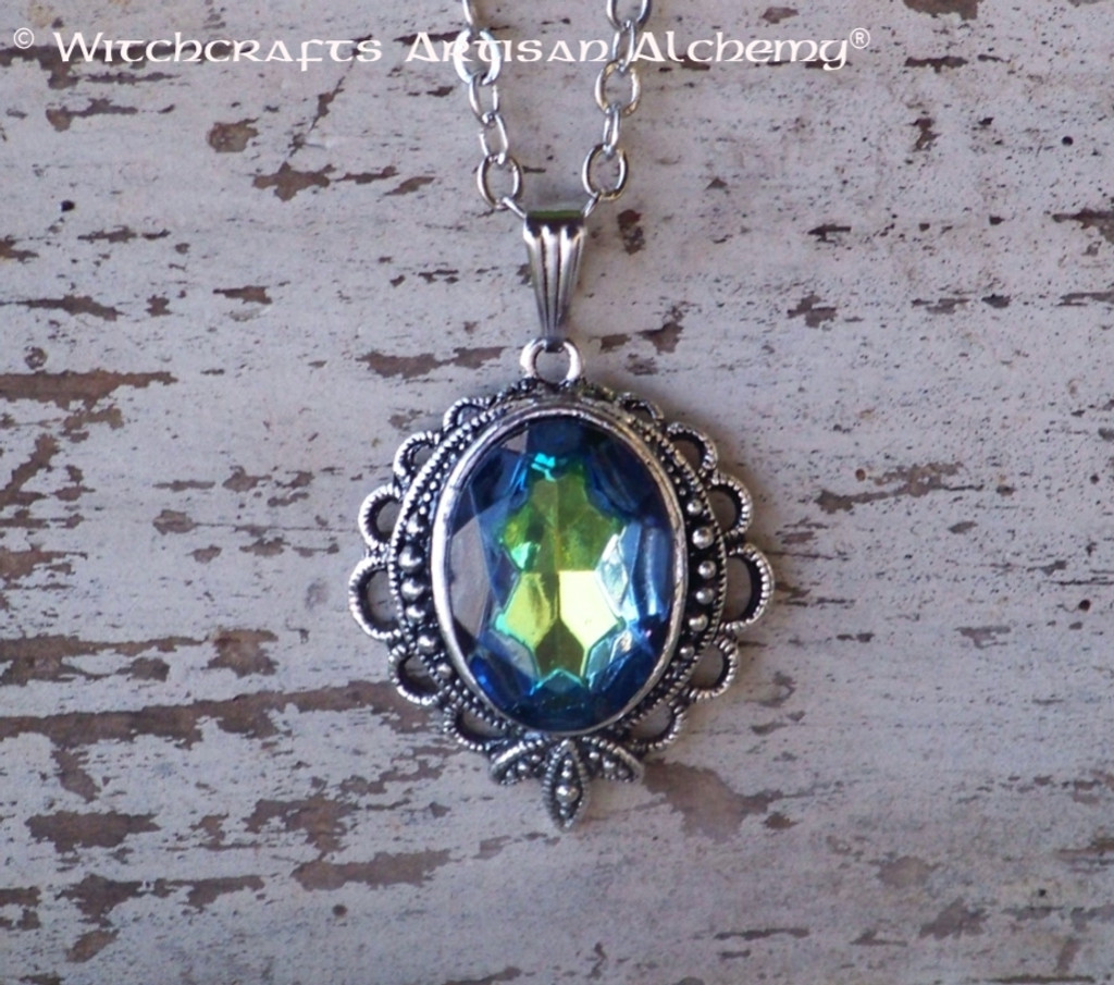 NORDLYS Aurora Borealis Vintage Volcano Glass Faceted Oval Gemstone Pendant Necklace