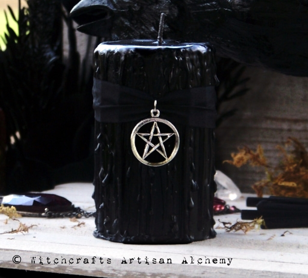 "BLACK CAULDRON BREW Signature Scent ""Old European Witchcraft"" Interwoven Pentacle Pillar Candle"