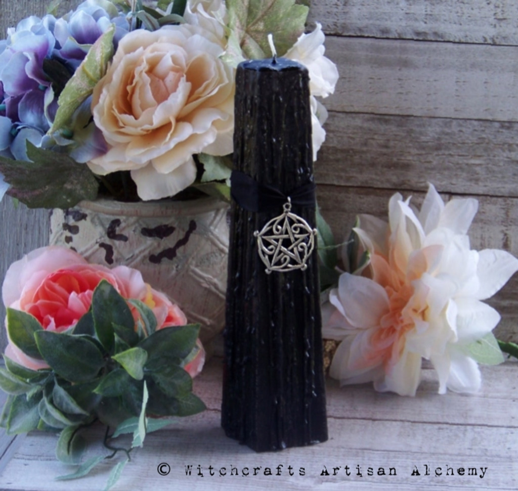 BLACK CAULDRON BREW Pentagram of Brisingamen Signature Scent Tapered Square Pillar Candle