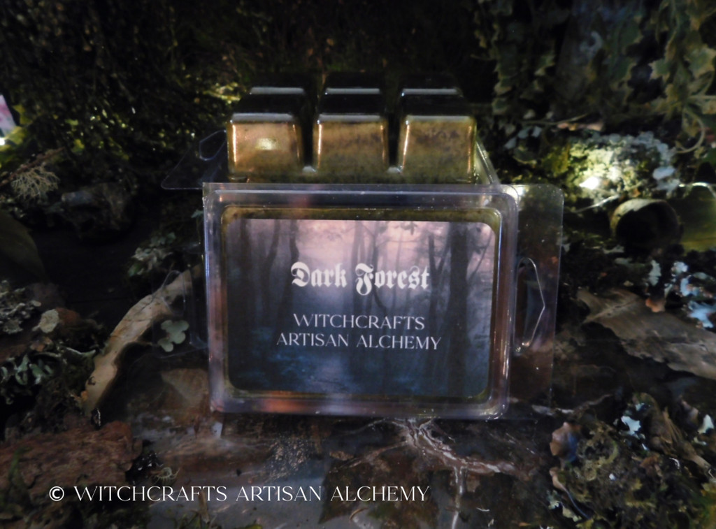 DARK FOREST Highly Scented Rustic Mossy Green Artisan Wax Melts