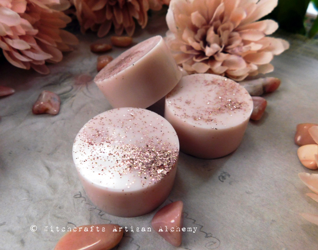 FRENCH ROSE Highly Scented Soft Dusty Blush Pink Rounders Wax Melts, Set of 3