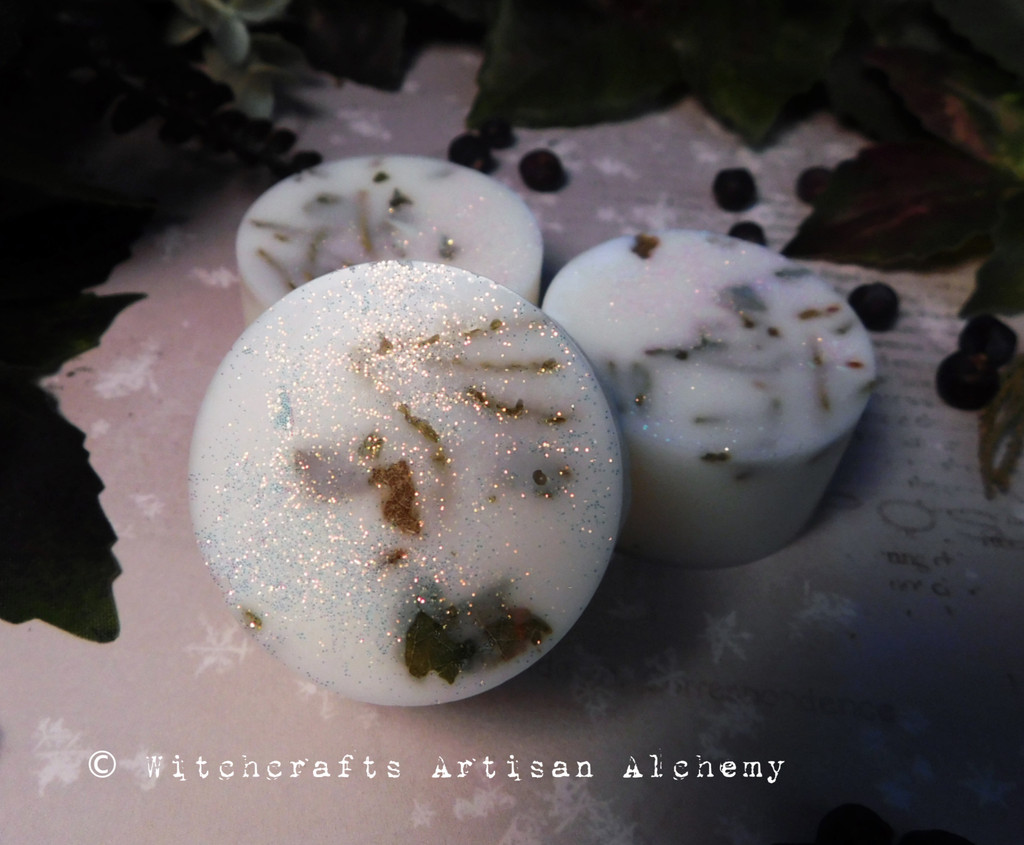 OLD NORTH SMUDGE Celtic Saining Highly Scented Ivory White Rounders Wax Melts, Set of 3