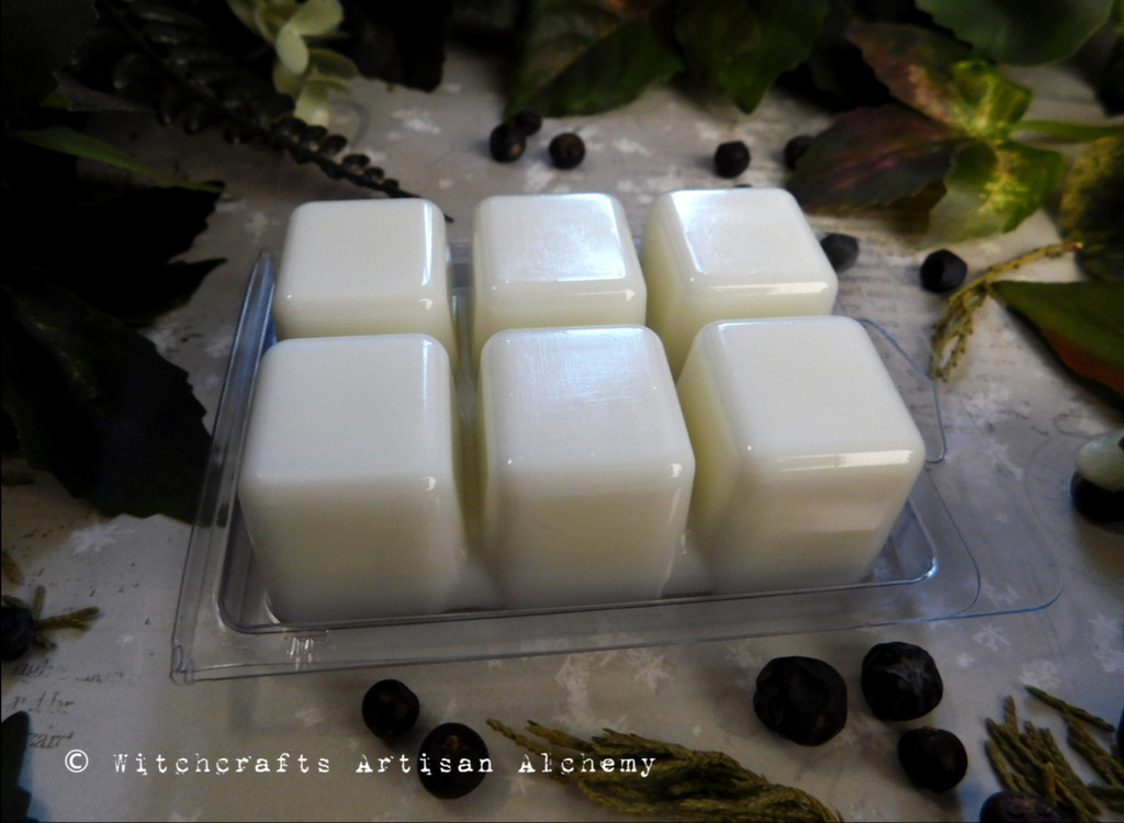 OLD NORTH SMUDGE Celtic Saining Highly Scented Artisan Ivory White Soy Paraffin Wax Blend Clamshell Melts
