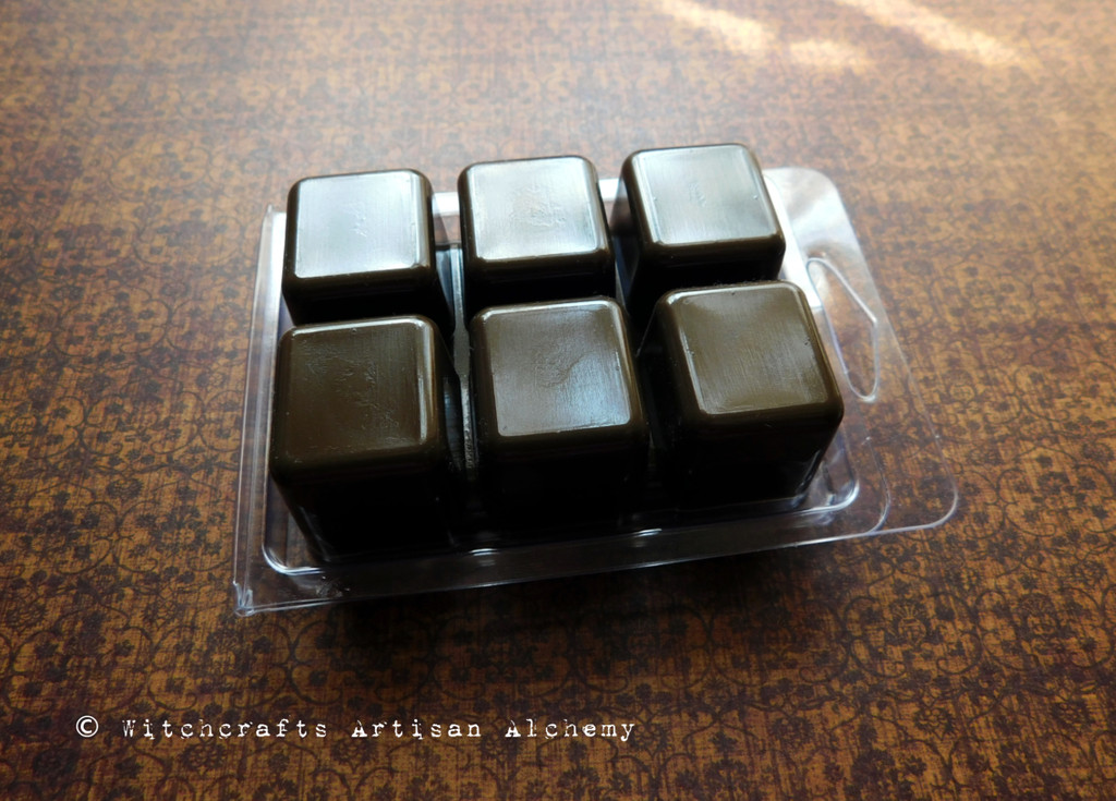 GODDESS TEMPLE Highly Scented Dark Brown Artisan Soy Paraffin Wax Blend Clamshell Melts