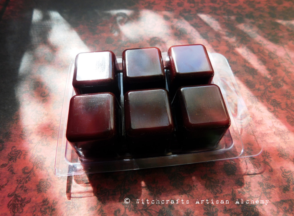 THE MORRIGAN Warrior Goddess Phantom Queen Highly Scented Dark Cranberry Red Brown Artisan Soy Paraffin Wax Blend Clamshell Melts