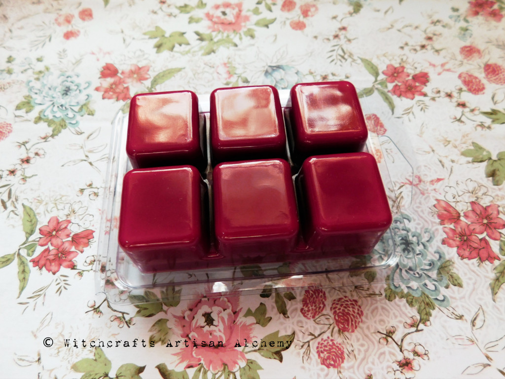 LUSTY LOVE SPELL Red Highly Scented Artisan Soy Paraffin Wax Blend Clamshell Melts