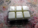 VÖLVA Nordic Witch Seeress Highly Scented White Amber Artisan Soy Paraffin Wax Blend Clamshell Melts