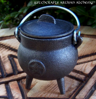 Small Cast Iron Pentacle Cauldron w/ Lid