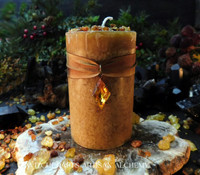 ASGARD Charmed Frankincense & Myrrh Golden Honey Brown Pillar Candle w/ Vintage Topaz Glass Charm