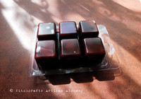 DRAGON'S BLOOD LUXE Highly Scented Dark Cranberry Red Brown Artisan Soy Paraffin Wax Blend Clamshell Melts