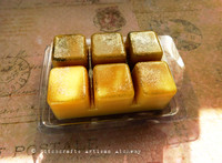 """BOLD GOLD MAGIC """"Wealthy Way"""" Golden Fairy Dust Highly Scented Artisan Soy Paraffin Wax Blend Clamshell Melts"""