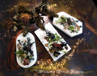 DARK FOREST Highly Scented Soy Paraffin Wax Tablet Sachet with Woodland Mosses, Botanicals & Gemstones