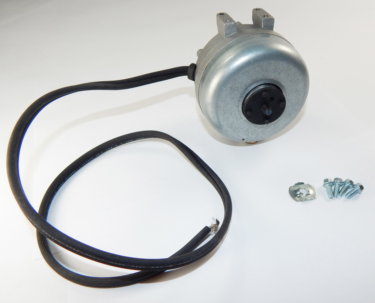 16 Watt 1550 RPM CWLE 115V Unit Bearing Refrigeration Fasco Electric Motor # UB566