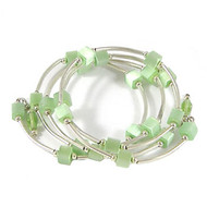 Green Memory Wire Bracelet: Project Instructions