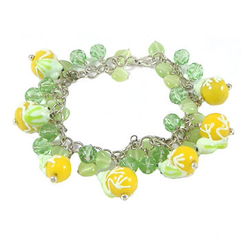 Green/Yellow Frog Bracelet: Project Instructions