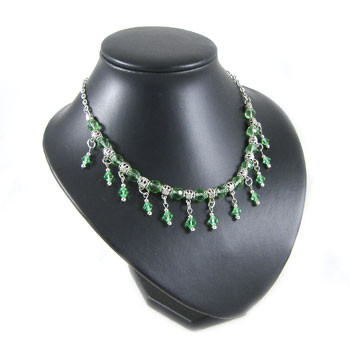 Peppermint Green Crystal Drop Necklace: Project Instructions