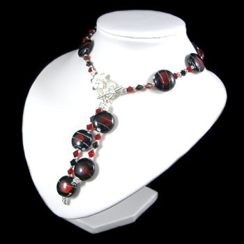 Red Foil Tigertail Drop Necklace: Project Instructions