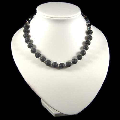 Simple Lava Stone Necklace: Project Instructions