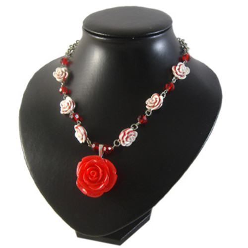 Red Resin Flower Necklace: Project Instructions