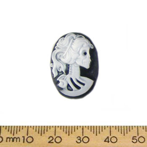 25mm Black/White Skeleton Lady Resin Oval Cameo