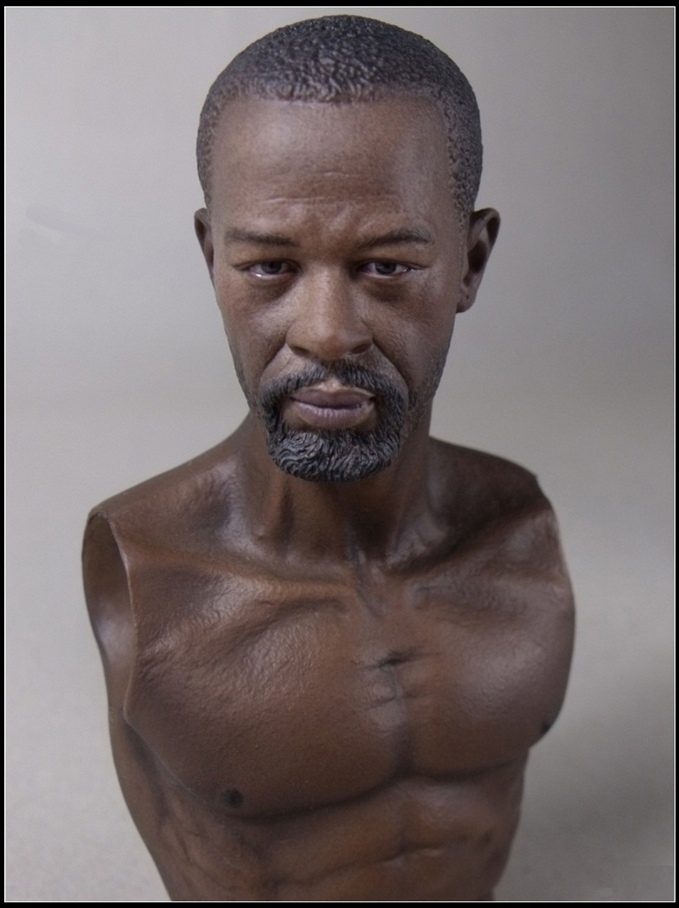 [WB-AT006] World Box Articulated Male Body with African